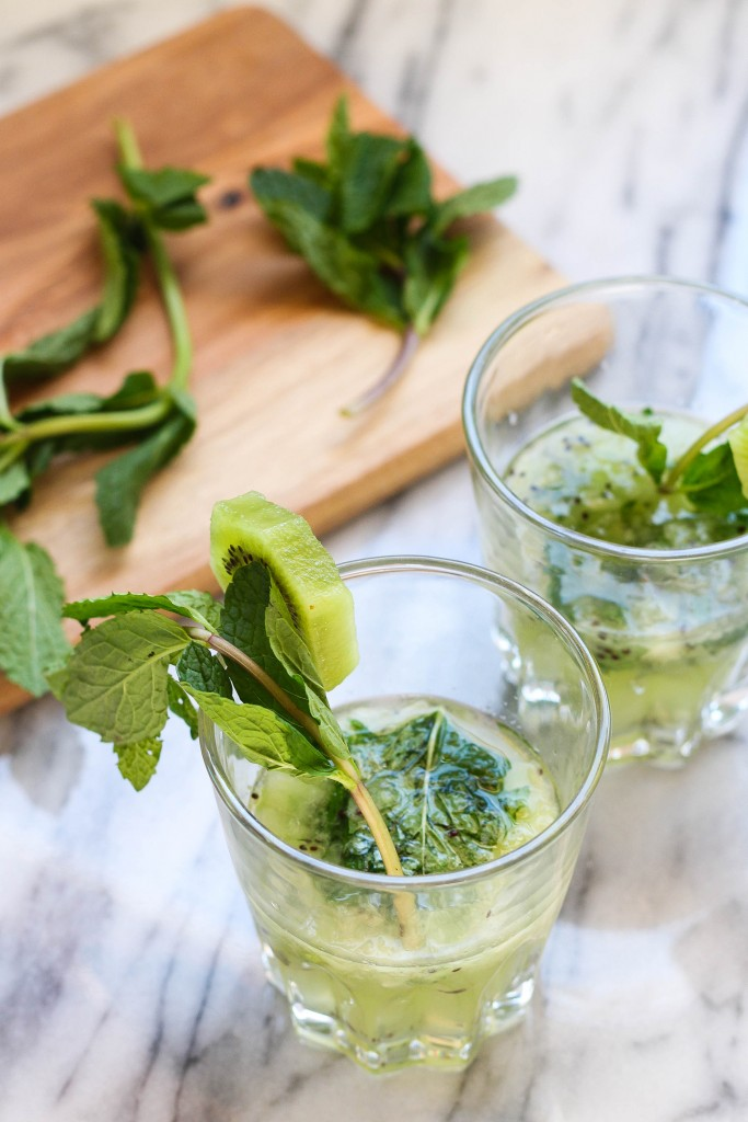 Spring Kiwi Mint Cocktail